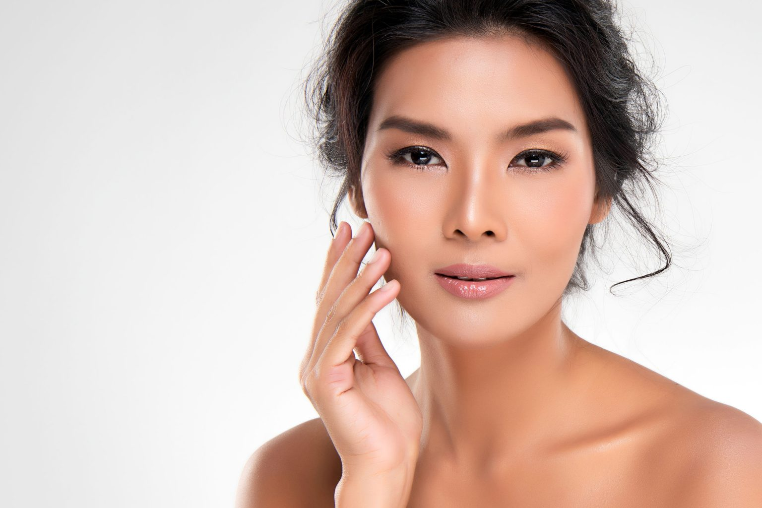 Our esthetician is familiar with various skin types, and tones.